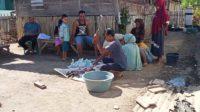Pemotongan dan penimbangan daging kurban Idul Adha 2020 di Desa Oimbo